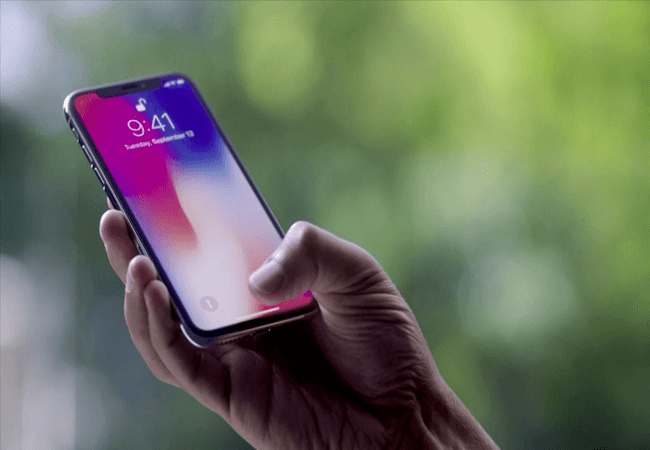 After 24 Hours with the iPhone X, Here's What I Love (and Hate)