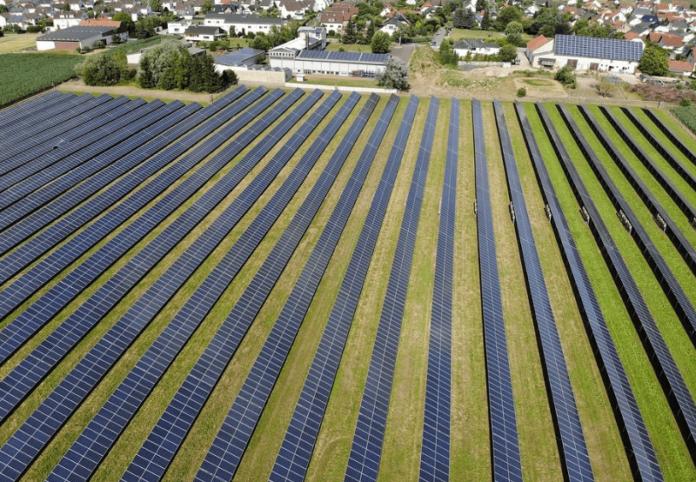 Kuwait-Saudi Consortium Wins 500 MW Solar Project in Oman