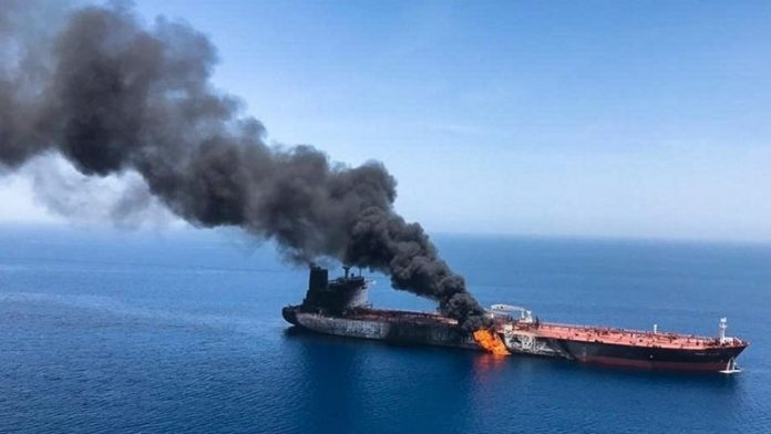Couple oilers were on fire in the Gulf of Oman, UK maritime urges utmost prudence