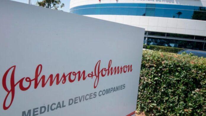 Johnson & Johnson busca liberação de emergência da vacina
